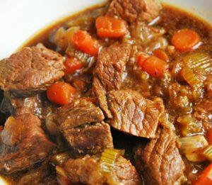 Irländsk köttgryta med Guinness