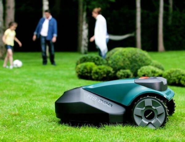 er det en god idé at købe en robotplæneklipper