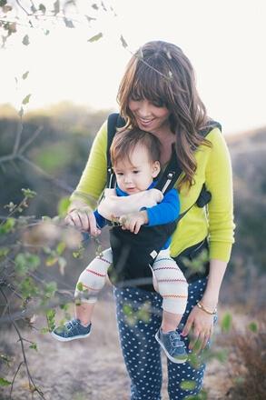 Ergobaby 360 4-punkts med baby