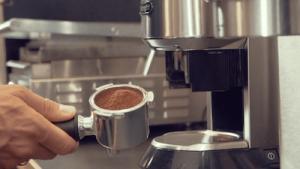 semiautomatisk espressomaskine