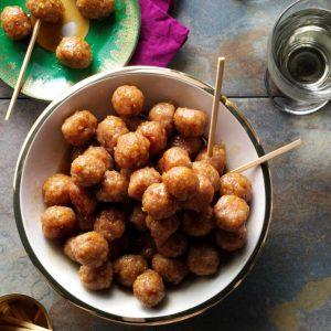 Skinkekugler med glasering af brun sukker
