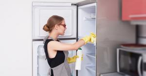 hold køleskabet rent