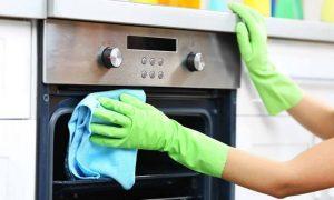 Slik rengjør du ovnen din