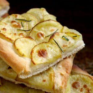 Italiensk kartoffelpizza